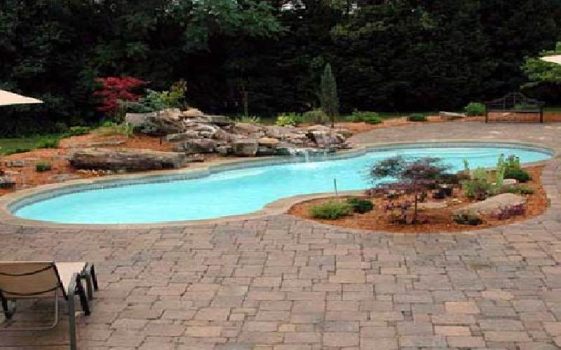 Traverten pavers kool deck and all masonary work in colts - Installing pavers around swimming pool ...